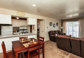 Willow Park Apartments, Des Moines, IA
