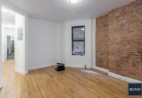 590 Amsterdam Ave, New York, NY