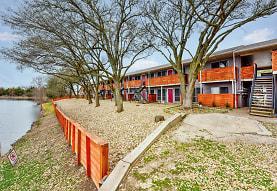 Lake Breeze Apartments, Greenville, TX