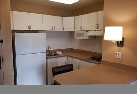 Furnished Studio - Milwaukee - Brookfield, Brookfield, WI