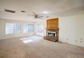 1205 Hickory Valley Ct, Arlington, TX