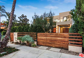 518 Huntley Dr, West Hollywood, CA
