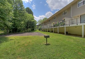 380 Harding Place, Nashville, TN