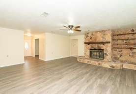 4795 Gladys Ave, Beaumont, TX