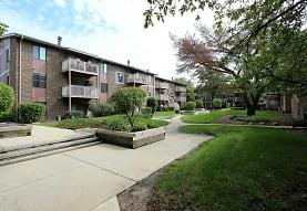 Lakeside Apartments, Wheaton, IL
