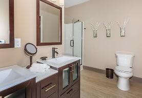 Crocker Park Living Apartments, Westlake, OH