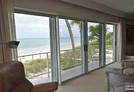 1601 Gulf Shore Blvd N, Naples, FL
