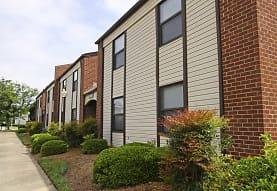 Pembroke Lake Apartments, Virginia Beach, VA