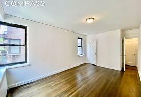 690 Fort Washington Ave 4-K, New York, NY