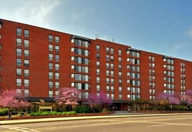 Carmel Plaza Apartments, Washington, DC