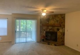 6801 Willowbrook Dr 5, Fayetteville, NC