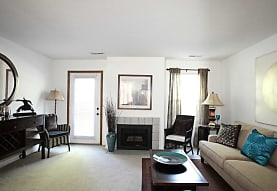 Mannington Place Townhomes, Stow, OH