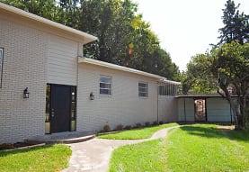 824 W 25th St, North Little Rock, AR