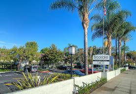 Brooklake Apartments, La Habra, CA
