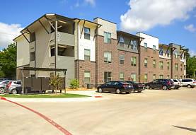 Seven Twelve, Denton, TX