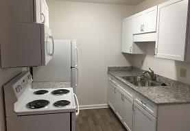 Oakwood Apartments, East Lansing, MI