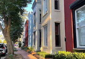 1231 Linden Pl NE, Washington, DC