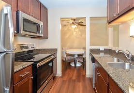 Royal Oaks Apartments, Eagan, MN
