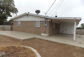 5101 Joe Herrera Dr, El Paso, TX
