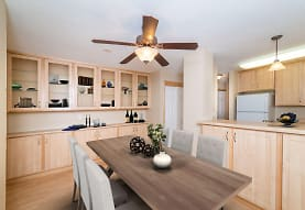 Maple Ridge Apartment Homes, Maplewood, MN