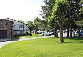 Tudor Park Apartments, Morris, IL