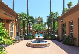 Estancia Apartment Homes, Irvine, CA