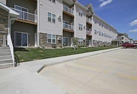 Mallard Heights Apartments, Dickinson, ND