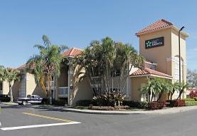 Furnished Studio - Fort Lauderdale - Davie, Davie, FL