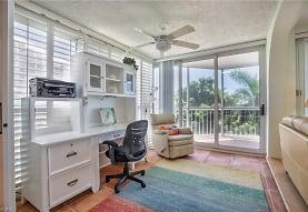 5501 Heron Point Dr 302, Naples, FL