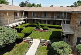 Orchard Woods Apartments, Pontiac, MI