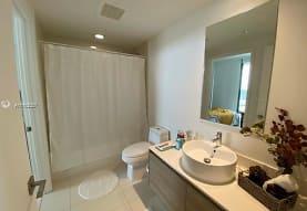 121 NE 34th St 1714, Miami, FL