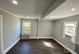 207 Edwards Pl 3, Yonkers, NY