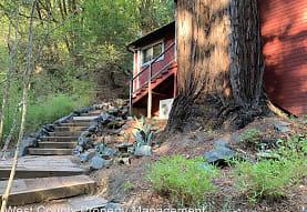 15080 Canyon 6 Rd, Guerneville, CA