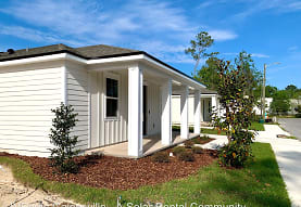 132 NE 37th Pl, Gainesville, FL