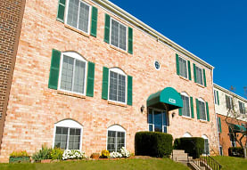 Eagle's Crest Apartments, Harrisburg, PA