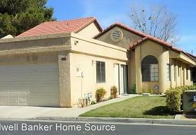 11681 Cedar Ct, Apple Valley, CA