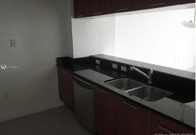 1800 N Bayshore Dr 2808, Miami, FL