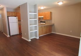Royal Oaks Apartments, Biloxi, MS