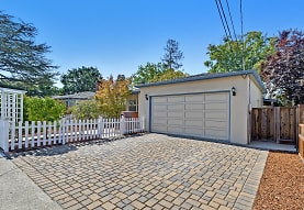 1228 Ruby St, Redwood City, CA