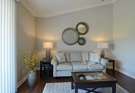 The Reserve at Green Luxury Apartments, Akron, OH