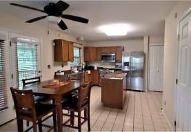 539 Hickory Grade Rd, Bridgeville, PA