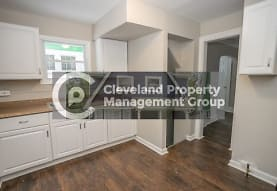 965 Caledonia Ave, Cleveland Heights, OH