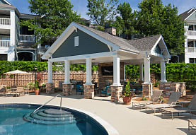 Bexley Crossing At Providence Luxury Apartments, Charlotte, NC