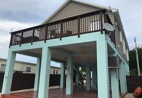 907 Tropical Ln, Key Largo, FL