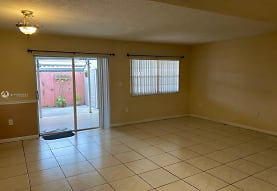 954 W 37th Terrace 38, Hialeah, FL