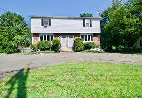 2 Amostown Rd, West Springfield, MA