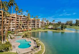 899 Island Dr 102, Rancho Mirage, CA