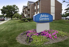 Ashlea Gardens, New Holland, PA