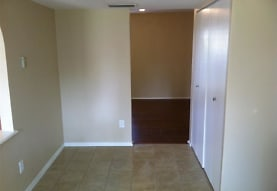 1326 Beechwood Dr, Lewisville, TX