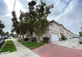 14015 Orizaba Ave, Paramount, CA